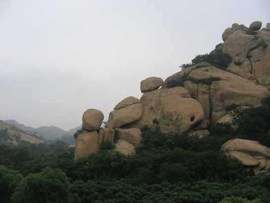 秦皇岛市长寿山风景区国家森林公园,以其丰富的森林风景资源和独特的